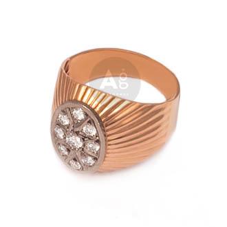 Auksinis žiedas su deimantais pirkti internetu